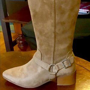Stylish, tan, boots